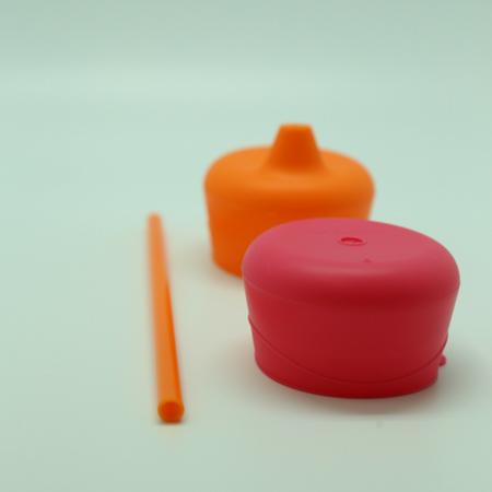 B.Box Zestaw silikonowych nakładek na szklankę strawberry