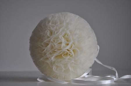Pompon tiulowy Kremowy 15 cm, handmade
