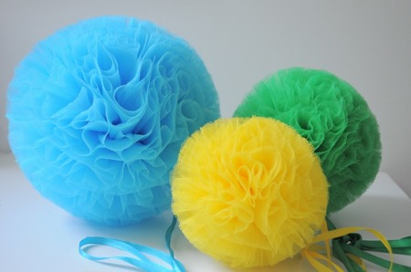 Pompon tiulowy Niebieski 30 cm, handmade