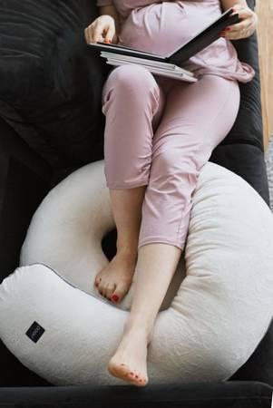 Poofi poduszka ciążowa szaro-granatowy