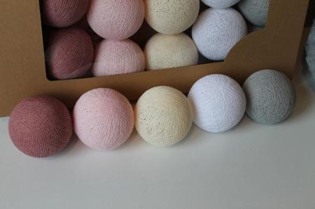 Świecące kule COTTON BALL zestaw Pink Dream 50 sztuk